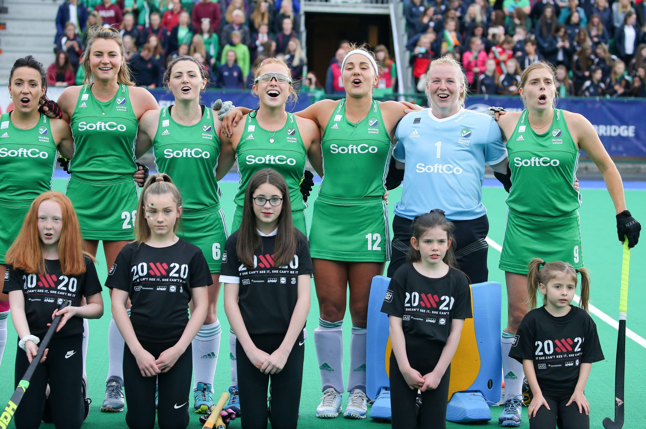 Anthem line up. OFlanagan Duke Upton Tice McFerran and Mullan at the FIH Series Finals June 2019 scaled